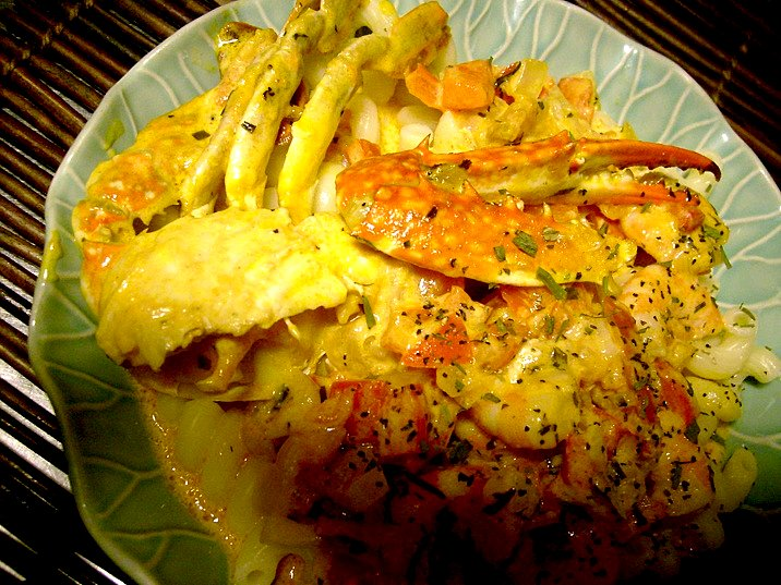 crab-and-shrimp-with-spicy-cream-sauce-3