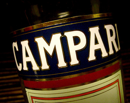 campari-close-label