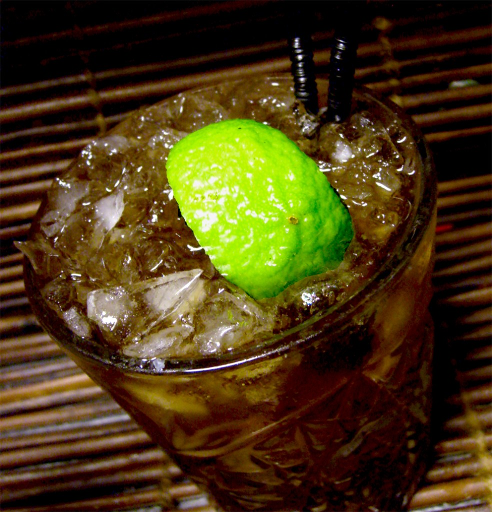 spiced-sugarcane-rum-and-coke