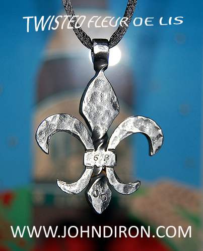 twisted-fleur-de-lis-2