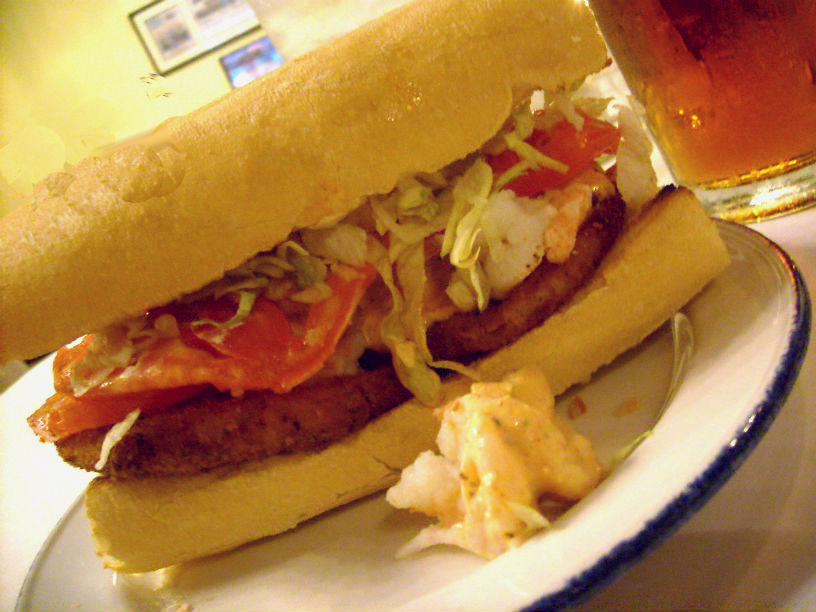 fried-green-tomatos-and-shrimp-remoulade-poboy